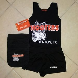 Hooters full uniform+ pouch&  hose XS/S